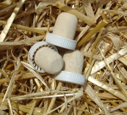 Plastic Top Flanged Corks (25's)