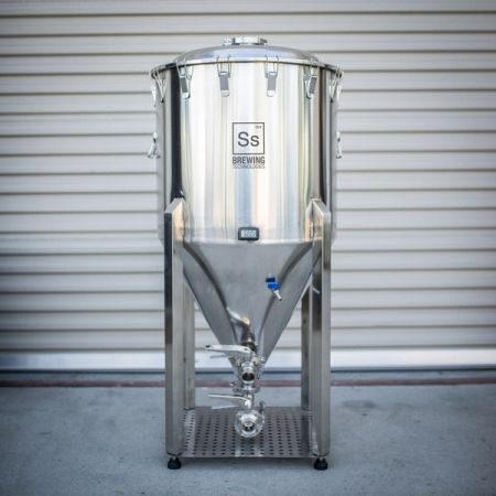CHRONICAL BREWMASTER 41 GAL(US)/155L FERMENTER (DUE OCT)
