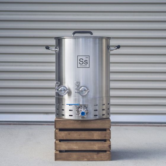 10 gal   Ss Brew Kettle Brewmaster Edition (DUE OCT)